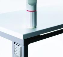 Befestigungsmittel für Schwenkarm NOVUS Aufschraubplatte lichtgrau Befestigung